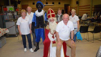 Sint verrast 100-tal bloedgevers in De Kouter