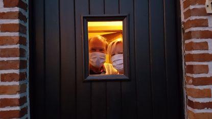"""Koppel nog tien dagen in quarantaine na 'coronacruise': """"Pas toen we al op de trein zaten, kregen we te horen dat we ons niet tussen de bevolking mochten mengen"""""""
