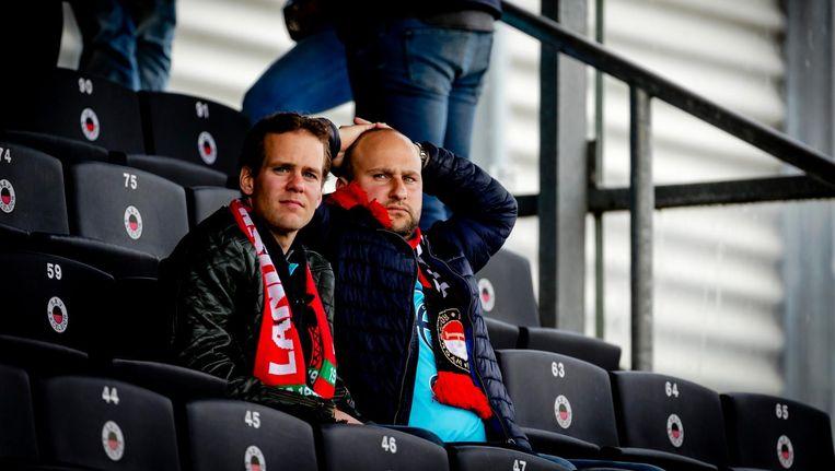 Teleurstelling bij Feyenoord fans na het verlies tegen Excelsior in de Kampioenswedstrijd. Beeld anp