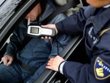 Beginnend bestuurder met vier keer te veel alcohol op gepakt in Sliedrecht