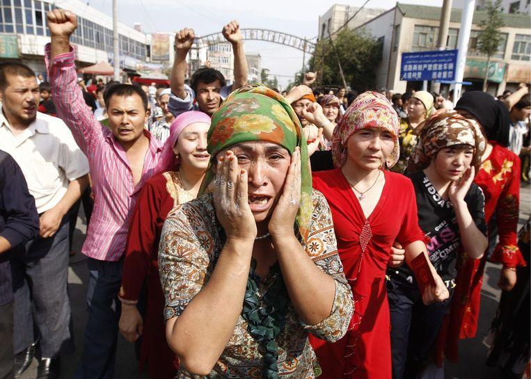 Protest van Oeigoeren op 7 juli in de provincie Xinjiang Beeld anp