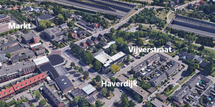 Prinsenbeek, met links onder de voormalige Boerenbond.