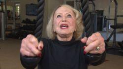 """Ruth (103) gaat nog elke week naar de fitness: """"Als je spieren geen pijn doen, dan doe je het niet goed"""""""