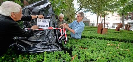 Hengelose wethouder Van Wakeren balanceert op dun koord: 'Kunstenaars worden geschoffeerd'