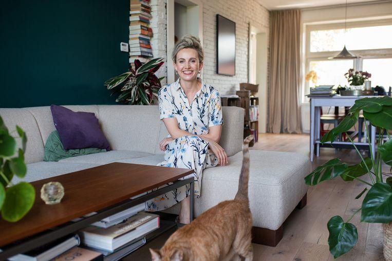Sophie Kraanen en haar vriend Daan van der Velden besloten, ondanks de coronacrisis, te blijven zoeken naar een nieuwe koopwoning. Beeld Sabine Van Wechem