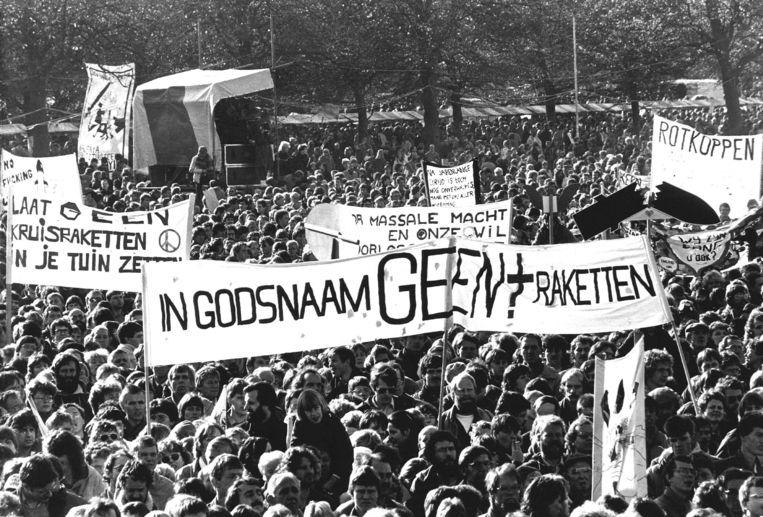 Vredesdemonstratie in Den Haag op 29 oktober 1983. Beeld ANP