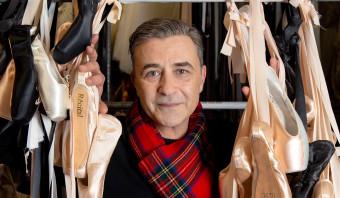 Lijm, jute, lak en bloem: de spitzenfluisteraar weet alles van goede balletschoentjes