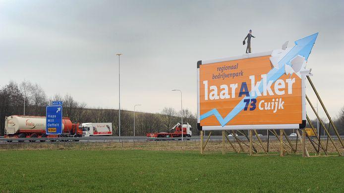 Steeds meer bedrijven op Laarakker bij Haps. Maar ze komen te dicht bij de dorpskern, vindt de dorpsraad.