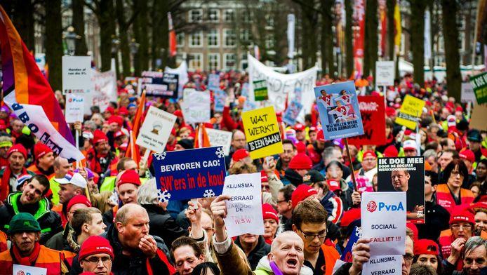 Afgelopen week demonstreerden nog duizenden werknemers op het Lange Voorhout.