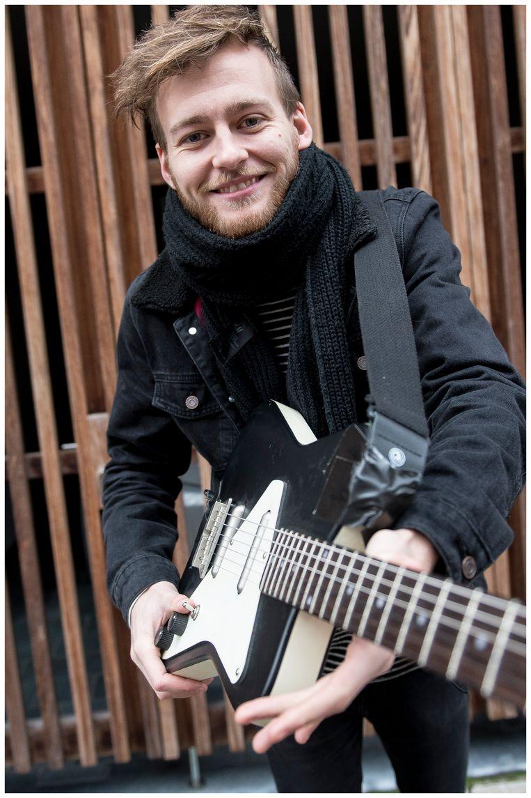Onder andere Jonas Meukens (X!NK) uit Pulle zal optreden in Café Quarantaine.
