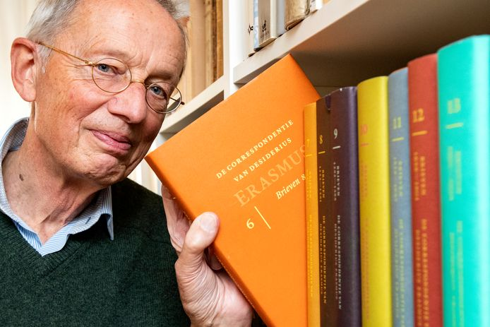 Jan Bedaux vertaalde een groot deel van de 21-delen tellende correspondentie van Desiderius Erasmus. De Deventenaar werkt er tien jaar aan.