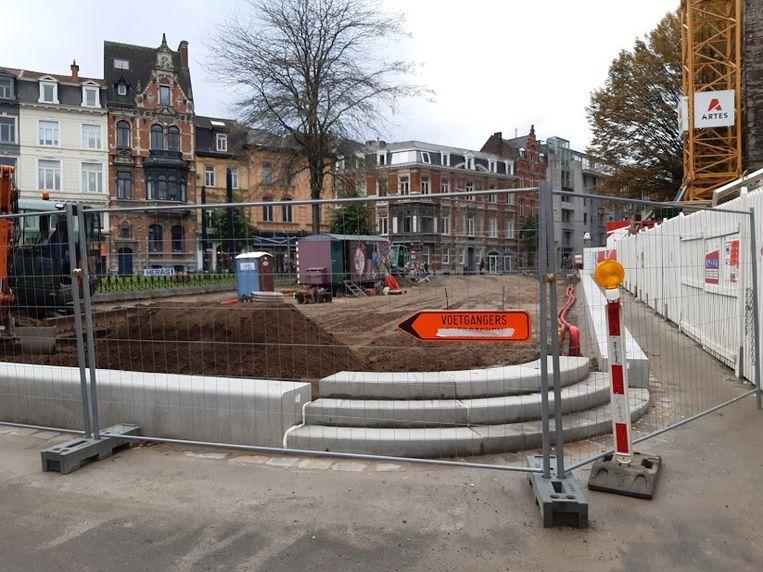 Het vernieuwde plein is in volle aanbouw