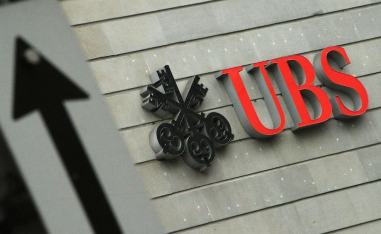 Het Zwitserse UBS is de zwaarst getroffen bank, met een boete van 800 miljoen dollar. Beeld ap