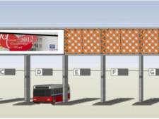 Schermen met reclame boven busstation Den Bosch hangen er voorlopig nog niet