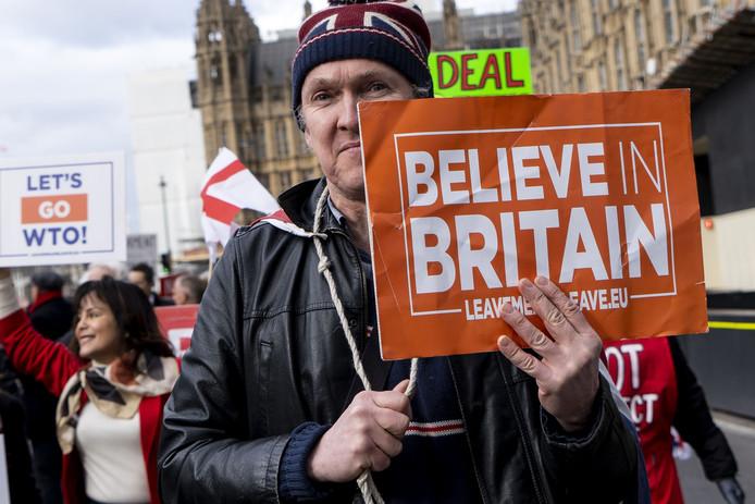 Deze man weet wel iets zeker: Groot-Brittannië moet volgens hem hoe dan ook uit de EU.