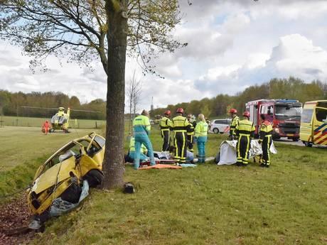 VIDEO: Man zwaargewond na remmen voor politiecontrole op Midden-Brabantweg; weg afgesloten