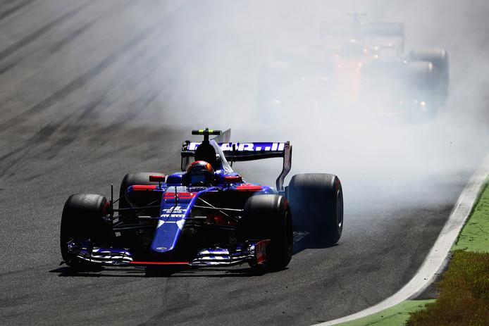 Carlos Sainz in zijn Toro Rosso tijdens het afgelopen Formule 1-seizoen.