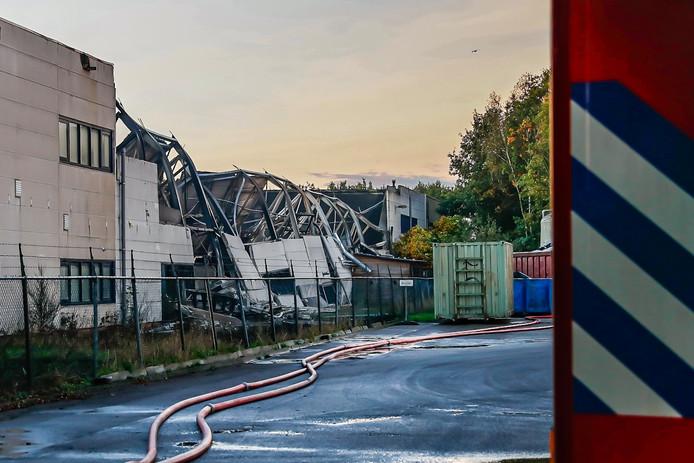 Het pand van Tuf nadat het dak is ingestort.