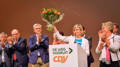 """Hilde Crevits: """"Als we het cordon doorbreken, stop ik met politiek"""""""