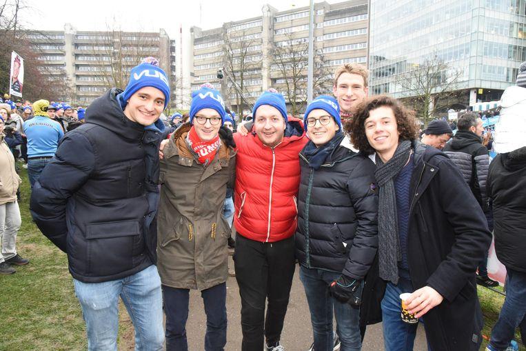 Cyclocross Brussel VUB-ULB voorstanders van de koers, volgen de opleiding geneeskunde