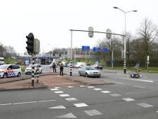 Geluk bij een ongeluk: ambulance staat pal naast aanrijding in Harderwijk