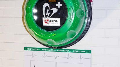 Drie bijkomende AED-toestellen voor Tienen