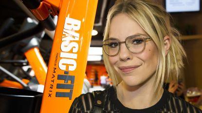 """""""Het is hier smerig en kapot"""": Eline De Munck niet te spreken over fitnessketen Basic Fit"""