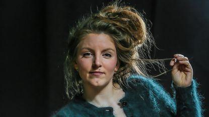 Lize Spit wint Bronzen Uil met 'Het Smelt'