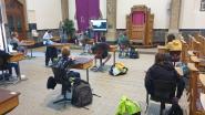 """Sint-Jozefkerk doet even dienst als klaslokaal: """"Dit zullen de leerlingen nooit vergeten"""""""
