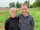 Rosemarie en zoon Ben vieren goed nieuws op de papavervelden: 'De kanker is weg'