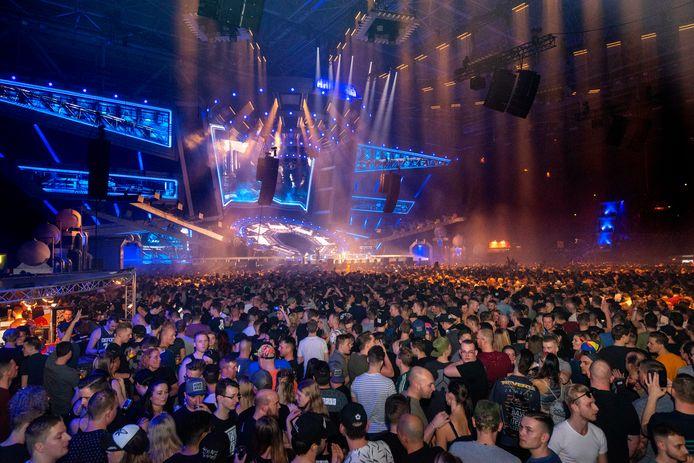 Een grote menigte op Hard Bass, afgelopen zaterdag.