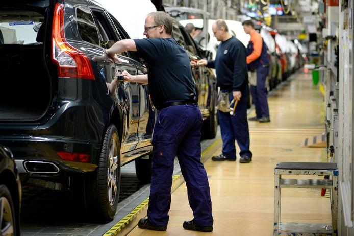 Een beeld uit de Volvo-fabriek lang voor er sprake was van corona.