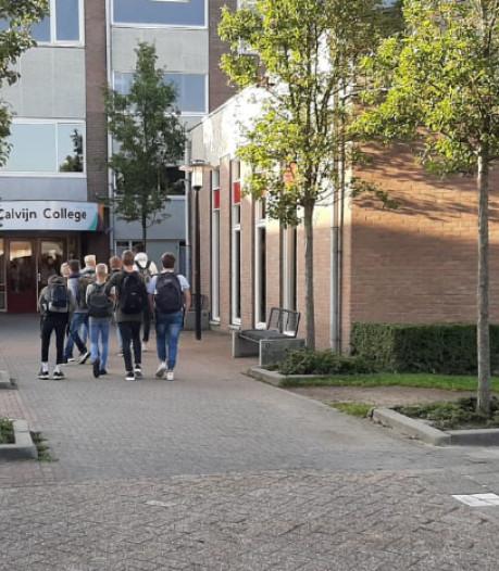 Bijna niemand doet mee aan kortebroekenprotest bij Calvijn College