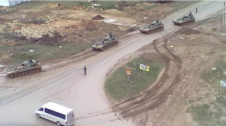 CNN toont beelden van tanks op schiereiland de Krim. Beeld CNN