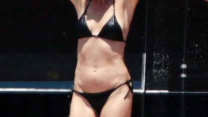 Gwyneth Paltrow toont haar strakke lichaam tijdens een vakantie op een luxejacht