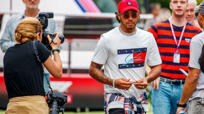 """Lewis Hamilton blijft ondanks fratsen aan de top in de Formule 1: """"Het laat me koud wat de wereld vindt van mij"""""""