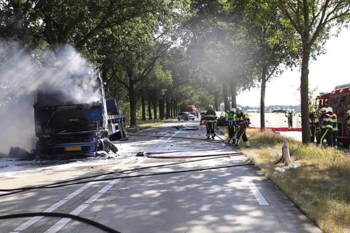 Het ongeluk gebeurde op de Middenpeelweg in Odiliapeel.