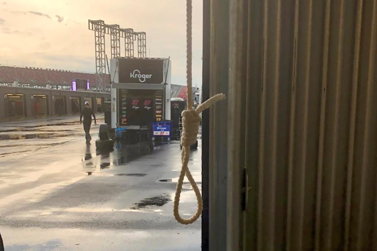 Nascar gaf een foto vrij van de strop.