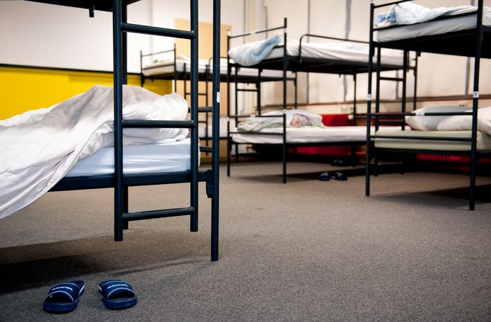 Slaapvertrek in een daklozenopvang.