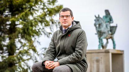 Sander Loones heeft er een bewogen politiek jaar opzitten: geen burgemeesterssjerp en minister af in nog geen maand tijd