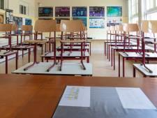 Arnhemse middelbare school met leerlingen uit Zutphen en Veenendaal checkt of vervoer nodig is