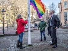 Geen regenboogvlag in Ermelo: gemeente wil niemand voor het hoofd stoten