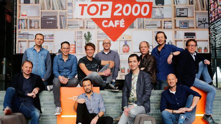 De DJ's die dit jaar de Top 2000 presenteren. Beeld anp