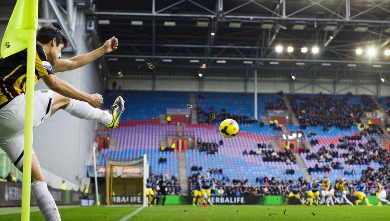 De laatste seizoen trekt Vitesse vaak te weinig supporters naar het Gelrodome, dat daardoor ongezellig aandoet. Beeld Jiri Buller