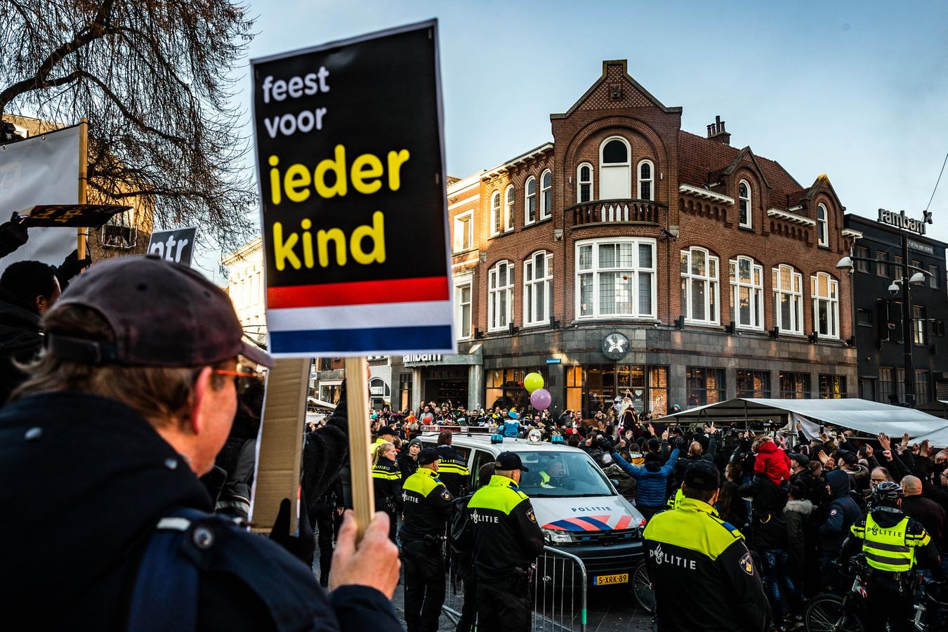 Protest in Eindhoven tegen Zwarte Piet, vorig jaar.