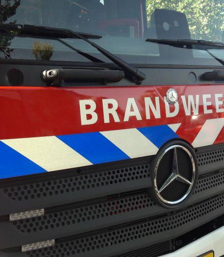 Brandje in schuur bij slooppand zorgt voor stankoverlast in Veenendaal