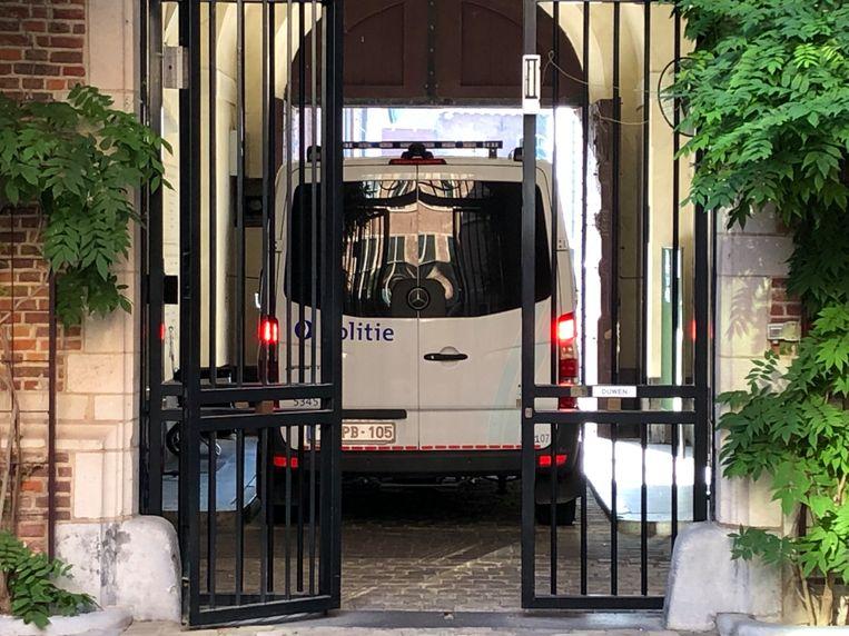 Het transport vanuit de vrouwengevangenis arriveerde zonder Riki H.