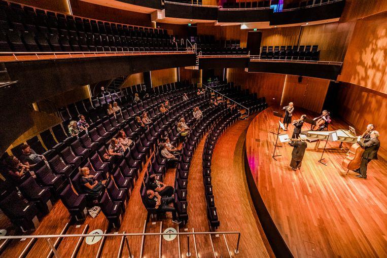 In de Hertz zaal wordt opgetreden door de Nederlandse Bachvereniging. Beeld Ben Houdijk