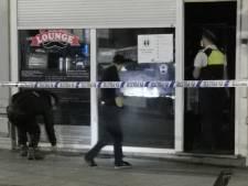 Gevel van Antwerps café onder vuur genomen
