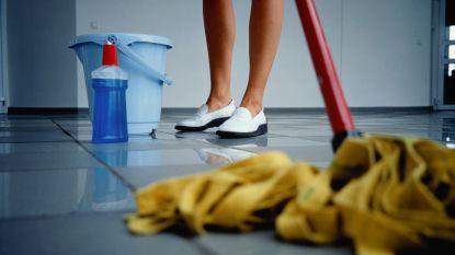 Driftige poetser in flat morst bleekmiddel: wandelaars bellen brandweer voor chemisch lek